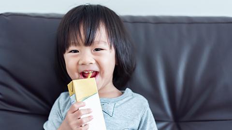 susu segar untuk kanak kanak, kebaikan susu segar, susu kanak kanak