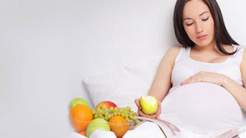 5 tips and tricks to combat morning sickness